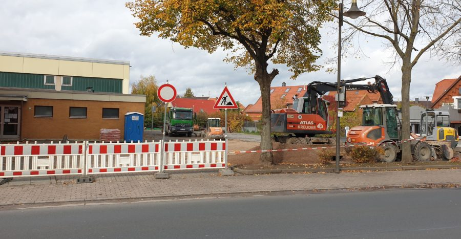 Parkplatz_Sporthalle_1